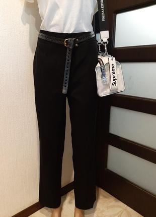 Базовые черные прямые укороченные брюки штаны капри