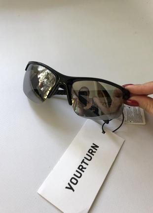 Оригинальные спортивные солнцезащитные очки , оригінальні спортивні окуляри