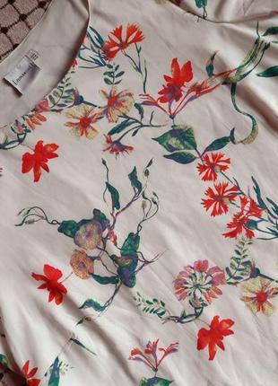 Красочное летнее платье больших размеров от junarose