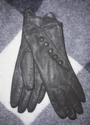 Кожаные перчатки ,италия