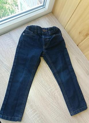 Брендовые модные джинсы
