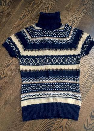 Шикарный свитер без рукавов