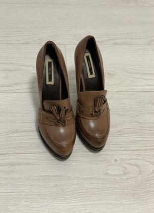Туфли лоферы ipekylon