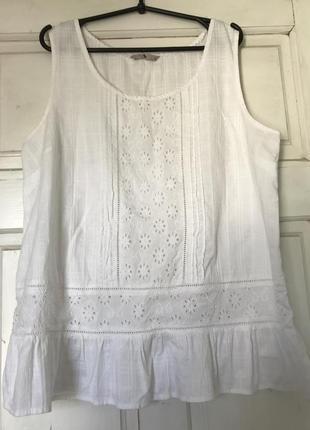 Красива блуза з натуральної тканини