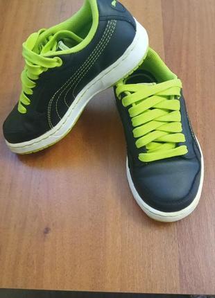 Кросівки, бртіночки ( осінні)