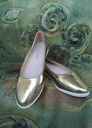 Золотые балетки лодочки