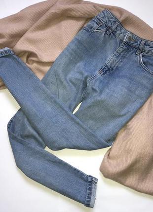 Трендовые плотные синие мом/mom джинсы, бойфренды на высокой посадке topshop moto
