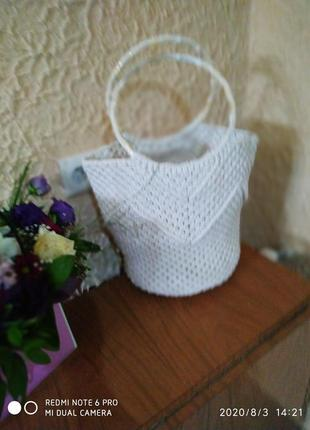 Белая сумочка макраме