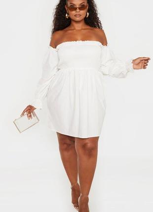 Белое котоновое платье на плечи
