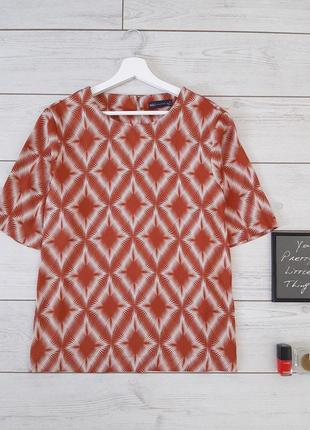 Лаконичная блуза прямого силуэта