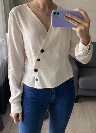 Натуральная базовая рубашка/блузка на запах bershka