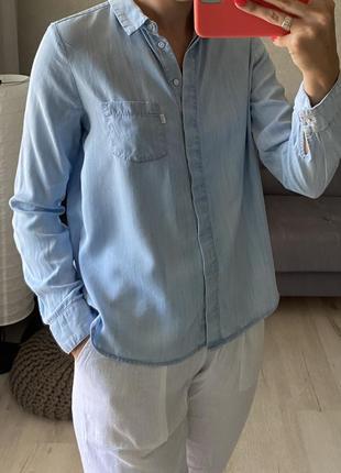 Натуральная рубашка под джинсы levis
