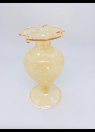 Итальянская вазочка из муранского стекла золотая