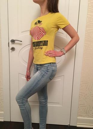 Майка футболка ice iceberg жёлтая