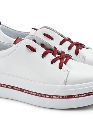 Кросовки новые кожаные, удобные, красивые и качественные. модель номер:157.