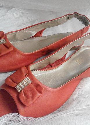 Босоножки туфли со стразами