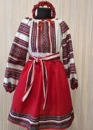 Вишиванка на дівчинку. українсьаий  костюм на дівчинку