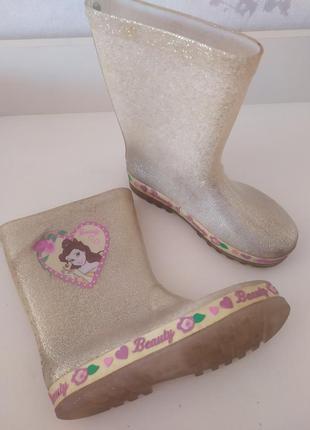 Резиновые сапоги для девочки