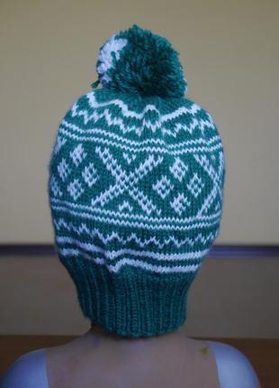 Шапка зелено-біла на 38-62 обєм голови
