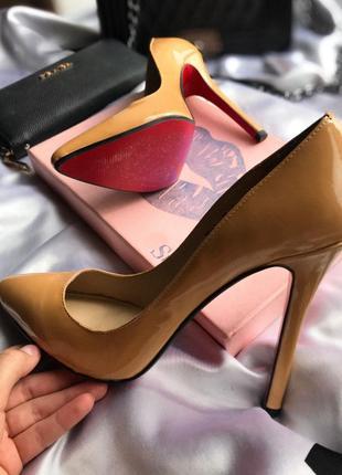 Christian louboutin туфли | лодочки | лабутены | на красной подошве