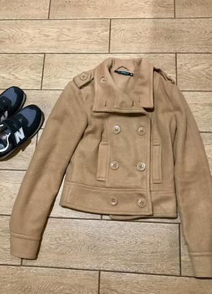 Короткий пиджак-пальто befree