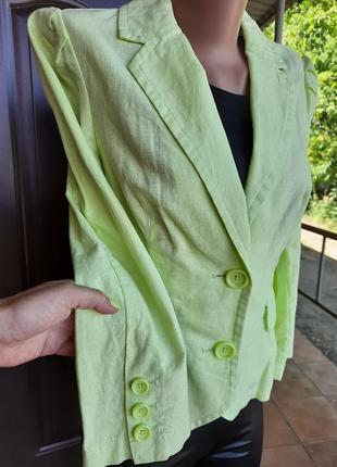 Пиджачек нежного лимонного цвета 55%лен 45%коттон