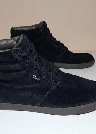 Замшевые сапоги,ботинки,кеды clarks (кларкс)