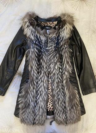 Жилетка пальто меховая чернобурка