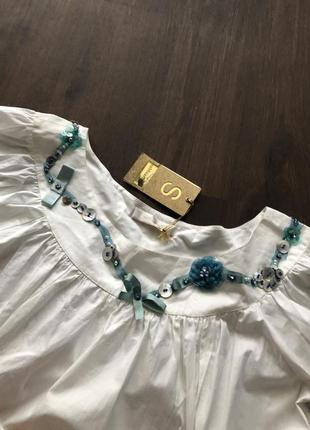 Платье оверсайз с объемными рукавами