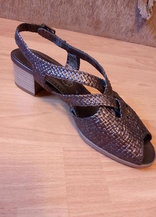 Германия,новые!нереально красивые,кожаные сандалии,босоножки,сабо,шлепки