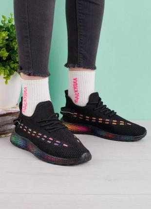 Стильные черные кроссовки из текстиля сетка летние кроссы кеды