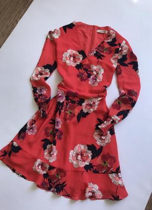 Платье нежное oasis