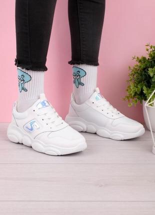 Стильные белые кроссовки на платформе массивные модные кроссы