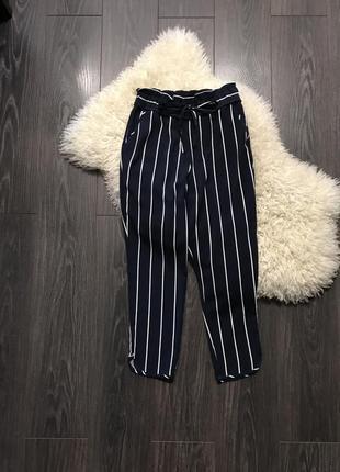 Темно синие полосатые брюки zara