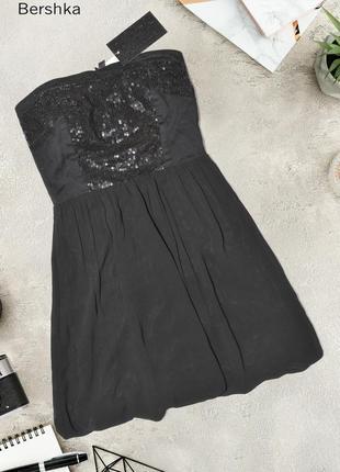Новое платье с пайетками bershka