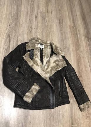 Куртка демисезон bershka
