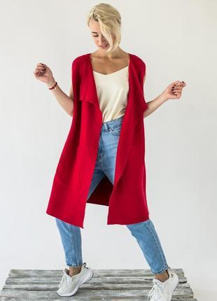 Женская жилетка интересного кроя красного цвета ❀