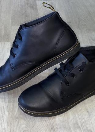 Оригинальные, стильные, демисезонные ботинки dr. martens размер 43