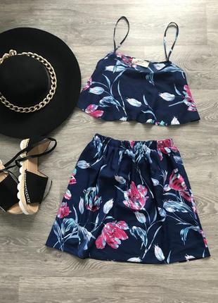 Трендовый летний легкий набор костюм топ юбка в цветочный принт в идеальном состоянии🖤