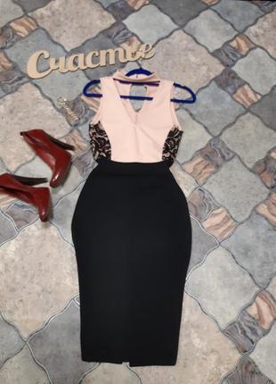 Красивое платье с чокером,размер s