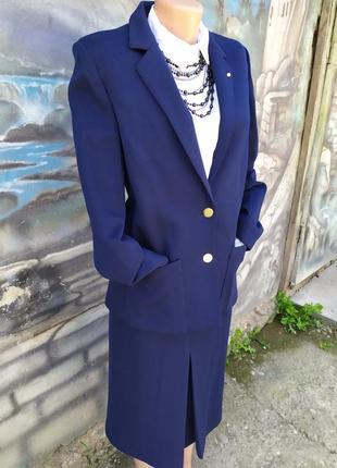 Стильный деловой костюм 100%шерсть люкс бренд hanro