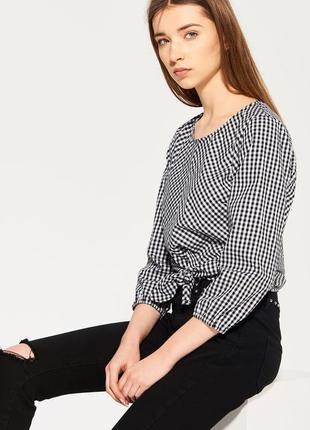 Стильная блузка в клетку от zara