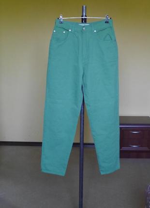 Джинсы высокая талия mom размер 32/30 vanilla сочный зеленый цвет