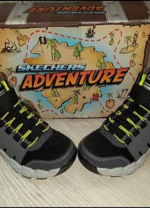Демисезонные ботинки skechers