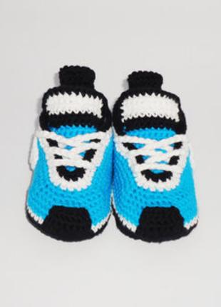 Вязанные пинетки кроссовки