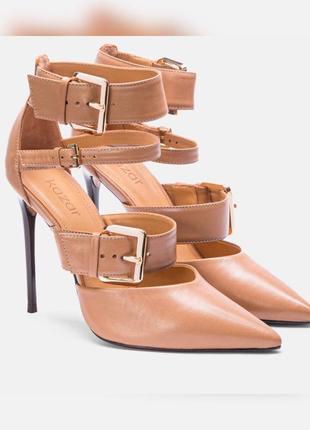Туфлі шкіряні kazar