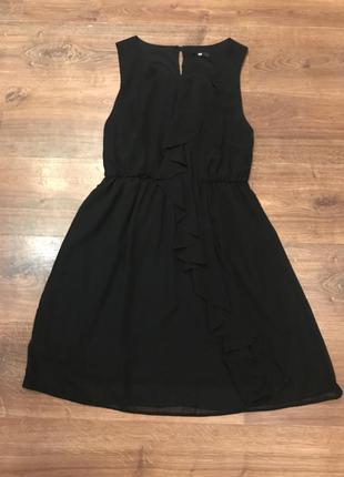 Летнее чёрное платье