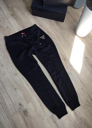 Оригинальные новые брюки guess