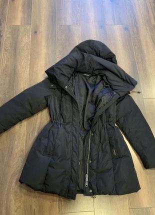 Куртка пуховик от фирмы dkny демисезонная