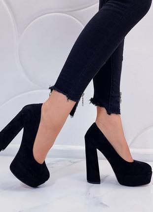 Новые шикарные женские чёрные туфли на высоком каблуке